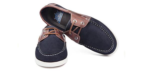 d67c76c7db A linha Sider é despojada e traz o sapato de couro masculino casual