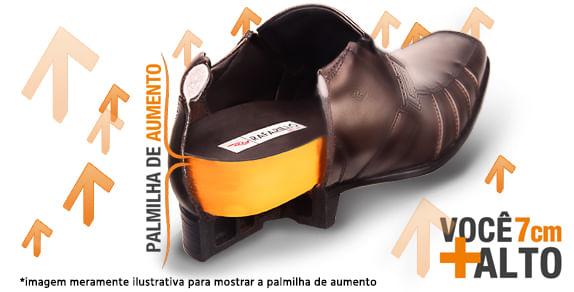 a42cbb365a A linha Alth da Rafarillo traz o sapato masculino com salto embutido.  Confeccionado com interior em PU